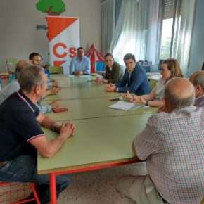 Cs creará un Foro Agrario para potenciar el sector ante los desafíos del olivar tosiriano
