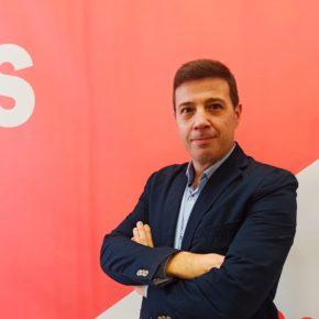 Ciudadanos propone un Premio de Periodismo para rendir homenaje al periodista de Mancha Real, Juan Ramón de la Cuadra