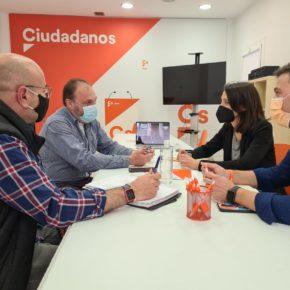 Ciudadanos se reúne con los educadores sociales para conocer el recurso que han interpuesto contra la oferta de empleo de la Diputación de Jaén