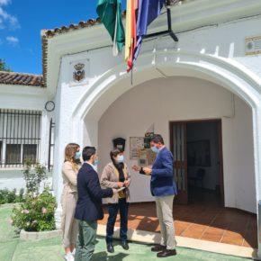 """Ciudadanos defiende su """"especial sensibilidad"""" con los pequeños municipios y las ELA durante una visita a Mures"""